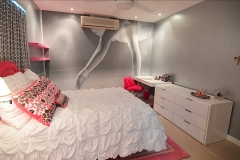 teen-dancer-mural-room